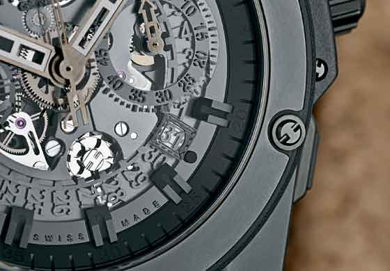Hublot King Power Unico All Black detail/column wheel