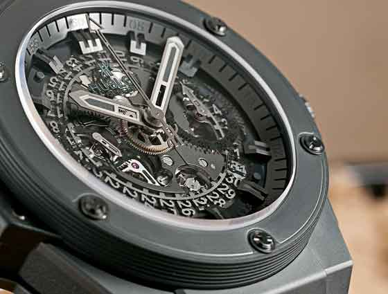 Hublot King Power Unico All Black detail/dial