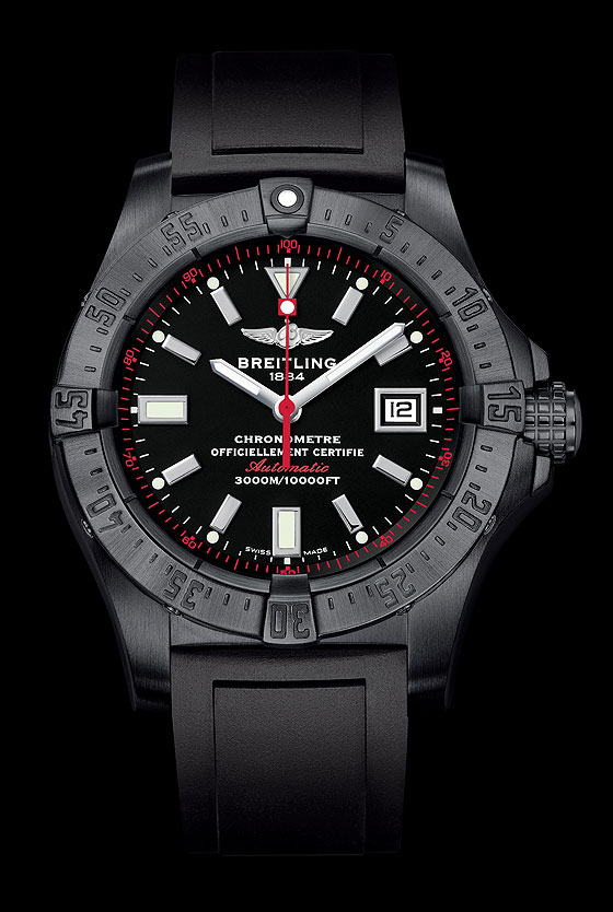 Stealth Pilots: 5 All Black Breitling Watches | WatchTime
