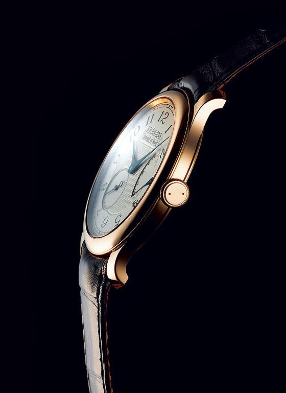 F.P  Journe Chronometre Souverain profile
