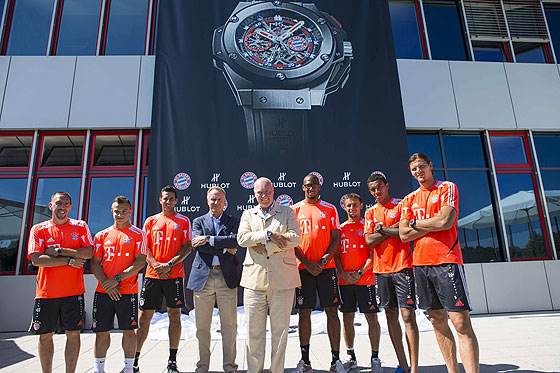 Hublot's Biver with FC Bayern Munich players