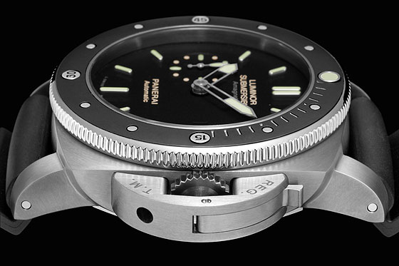 Panerai Luminor Submersible Amagnetic PAM00389-Detail-2