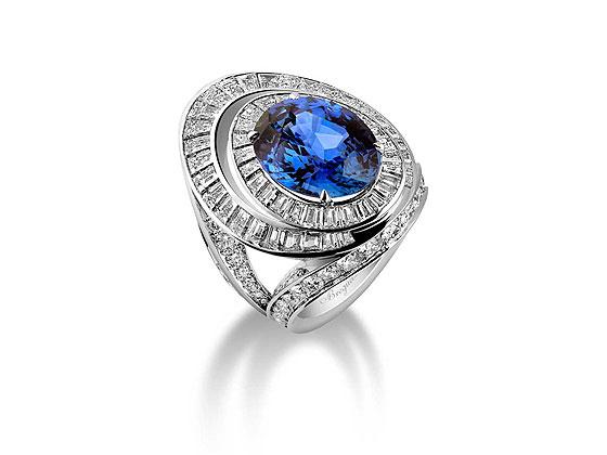 Breguet Reine de Naples jewellery ring
