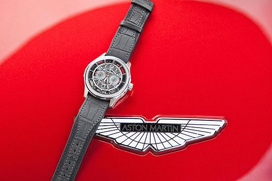 Jaeger-LeCoultre AMVOX7 Chronograph with Aston Martin Vanquish
