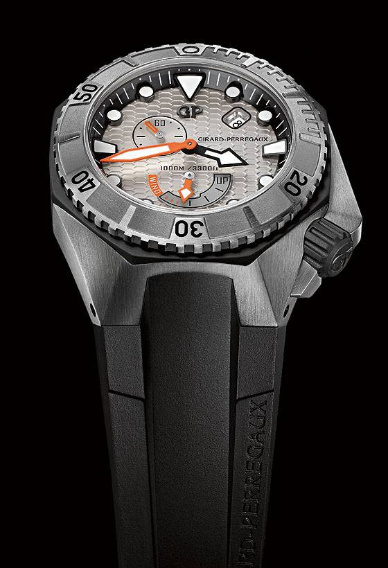 Girard-Perregaux Sea Hawk Steel Bezel