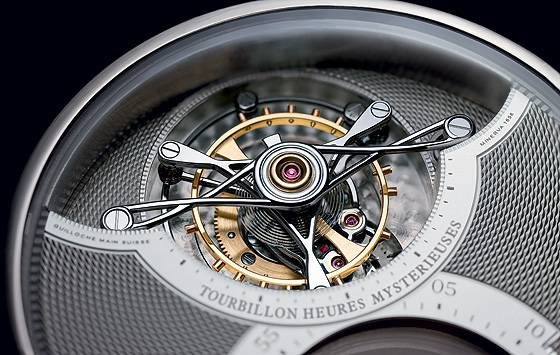 Montblanc Grand Tourbillon Heueres Mysterieuses tourbillon detail