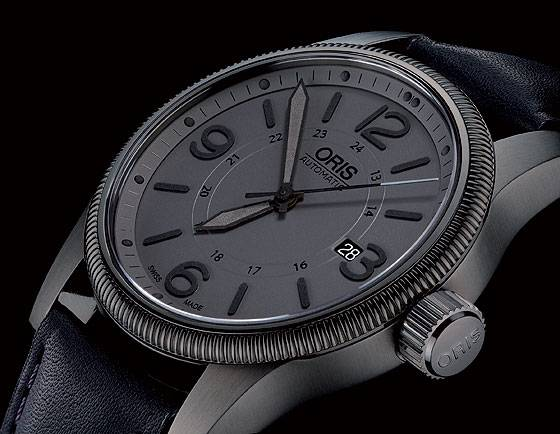 Oris Big Crown Date gray dial detail