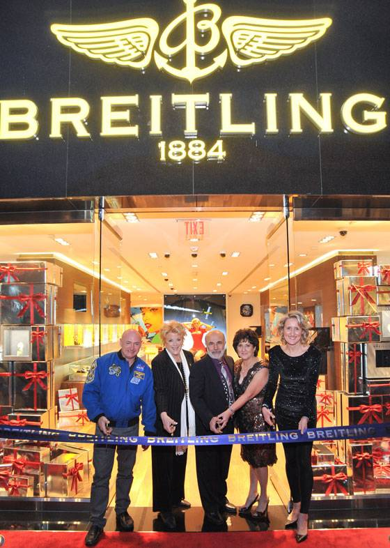 Captain Mark Kelly, Las Vegas Mayor Carolyn G. Goodman, Mr. and Mrs. Mordecai Yerushalmi, Breitling USA Retail Director Sophie Morice