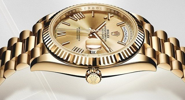 Rolex-Day-Date-40-yellow-gold-side-slider-2