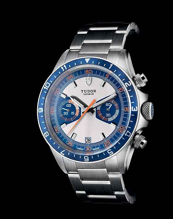 Tudor Chrono Blue - bracelet - front