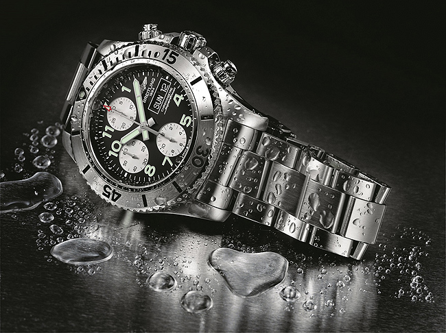 Breitling Superocean Chronograph Steelfish - side
