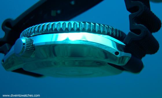 Seiko Marinemaster 300 Rubber Strap - Submerged
