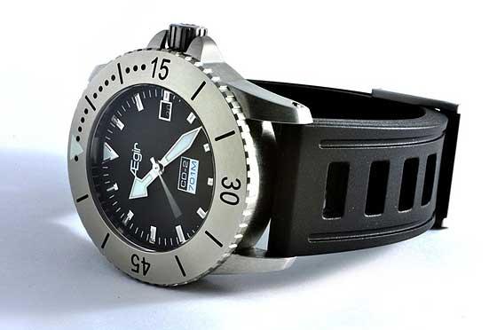 Les 10 meilleures montres de plongée que vous ne connaissez pas... Aegir_Instruments_watch_560