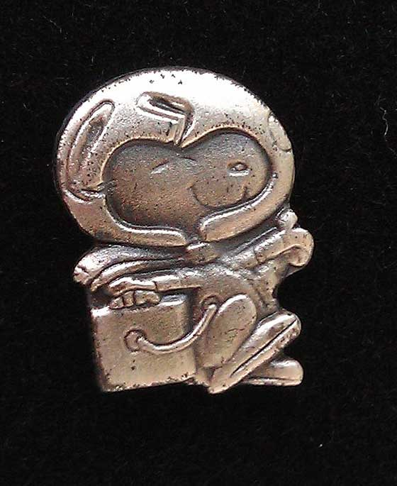 Silver Snoopy Award - pin