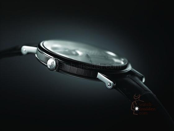 Breguet_Classique-Tourbillon-extra-plat-automatique-5377PT_12_9WU_pr3_red-560