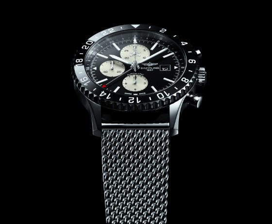 Breitling Chronoliner dial up 560