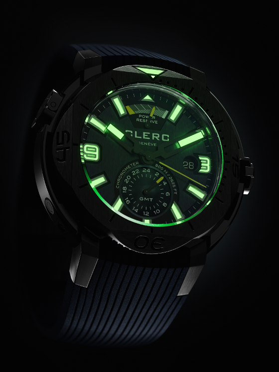 Clerc Hydroscaph GMT Power Reserve Chronometer - night view 560