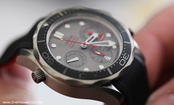 Omega_Seamaster_300_Chronograph_ETNZ_2015_Handling_Bienne_2015_Watchtime_regular