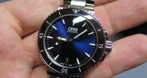 Oris_Aquis_Blue_Front_Watchtime_regular