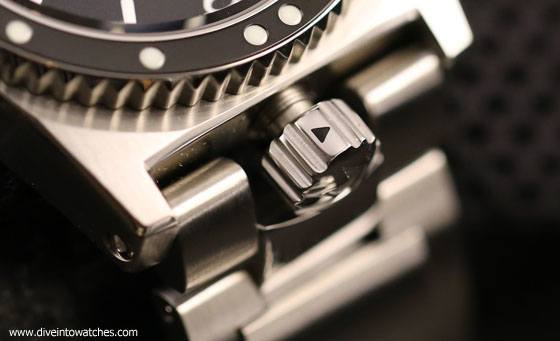 ZRC_Grands_Fonds_300_Marine_Nationale_Crown_Open_WatchTime_2015