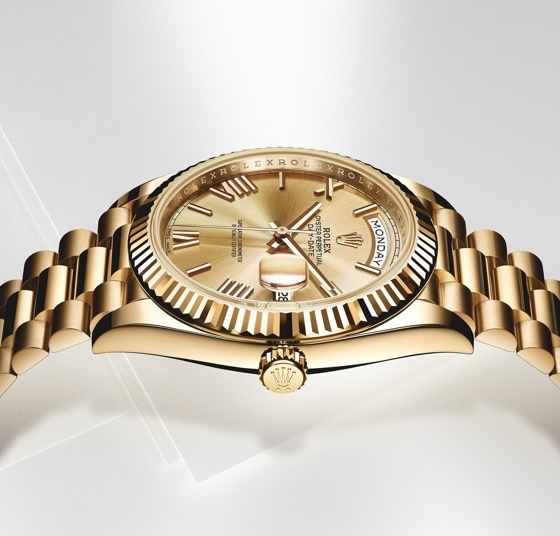 Rolex-Day-Date-40-yellow-gold-side