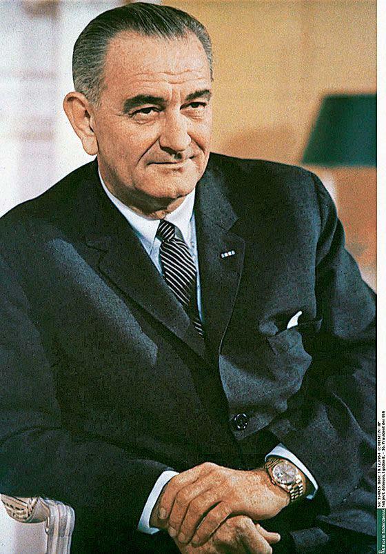 Truman wearing Replica Rolex Day-Date