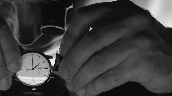 GirardPerregaux-1966-Steel-WatchTime-8