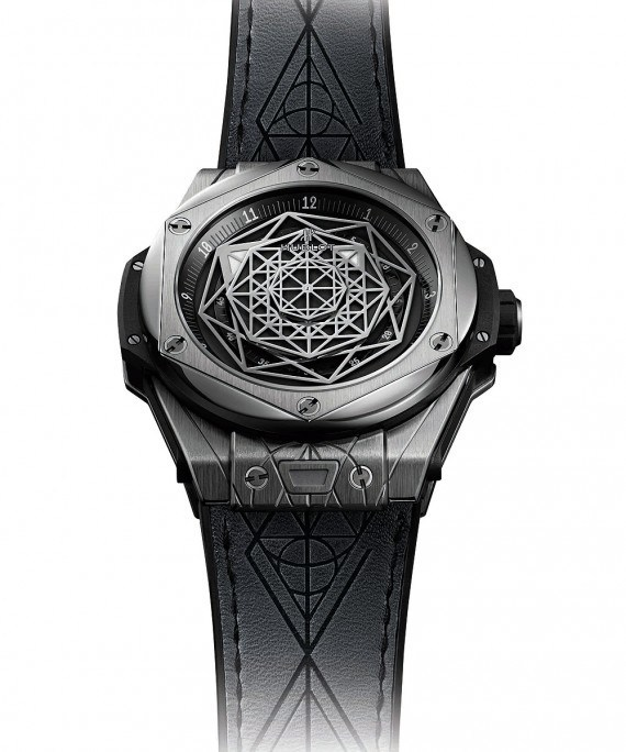 Hublot Big Bang Sang Bleu - front
