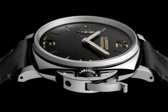 Cartier santos replicas rolex replica hublot mdm