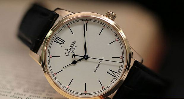 Borrowed Time: Glashütte Original Senator Excellence