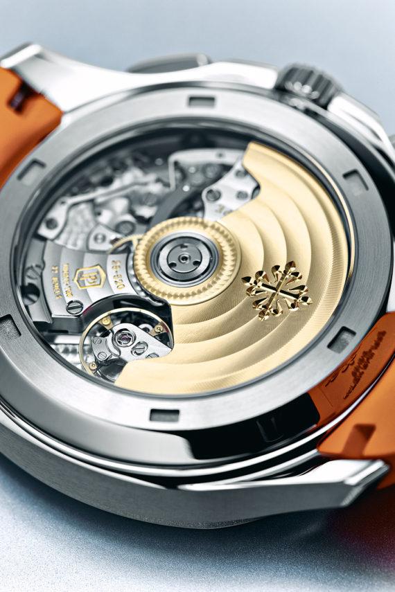 Đồng hồ bấm giờ Patek Philippe Aquanaut - Calibre
