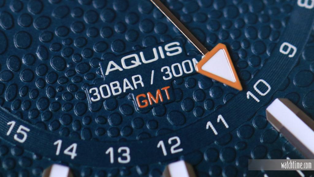 Oris Aquis GMT Whale Shark - GMT hand